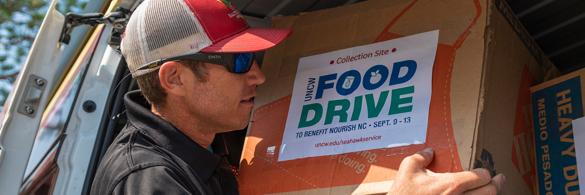 Volunteer for Food Drive