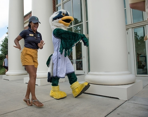 Sammy the Seahawk mascot