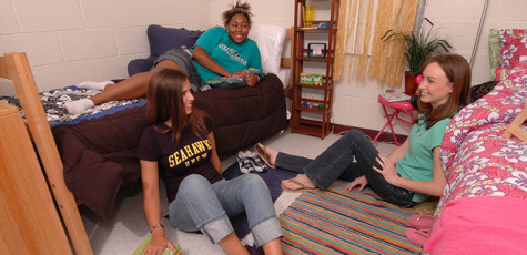 UNCW on-campus dorm room