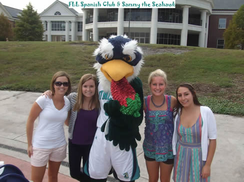 Students with Sammy the Seahawk
