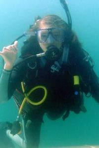 teen scuba diving camp girl