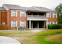 apartment.jpg (22697 bytes)