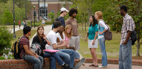 Students on UNCW's Campus